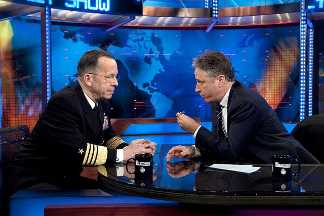 10-640px-jon_stewart_and_michael_mullen_on_the_daily_show