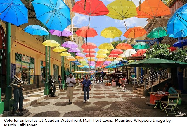 Umbrellas_at_Caudan_Waterfront_Mall